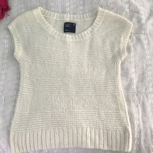 American Eagle short sleeved sweater